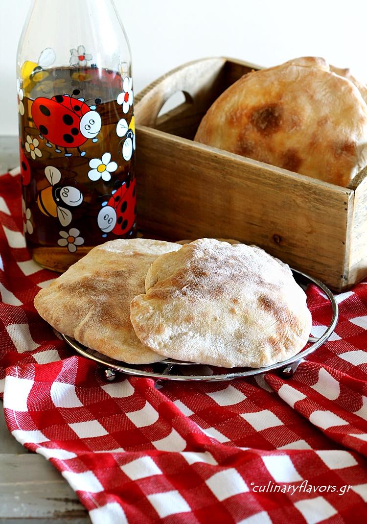 Pitas with Spelt Flour