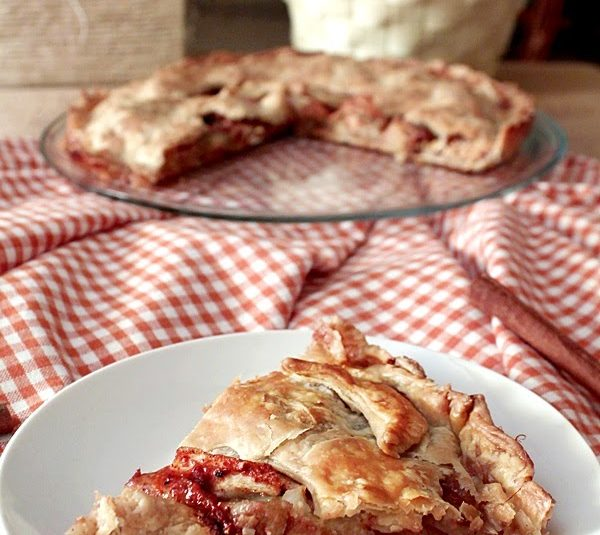 Super Flaky Apple Pie