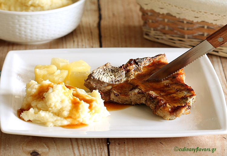 Beef Steaks with Jack Daniels Sauce and Mashed Potatoes